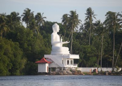 Buddha am Bentota River